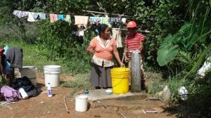 14-01 Wasserhahn Wäsche