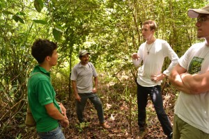 12-02 El Rosario Niklas Lorenzo Aaron Janosch Projektreise 2012