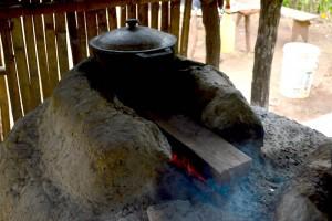 16-01 traditionelle Kochstelle Mata Redonda