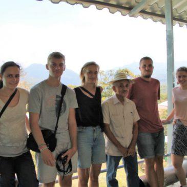 Gemeinsames Reflektieren der bisherigen Zeit in Panama – im Zwischenseminar